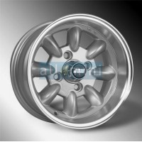 12X6 Minilight com pneus Yokohama